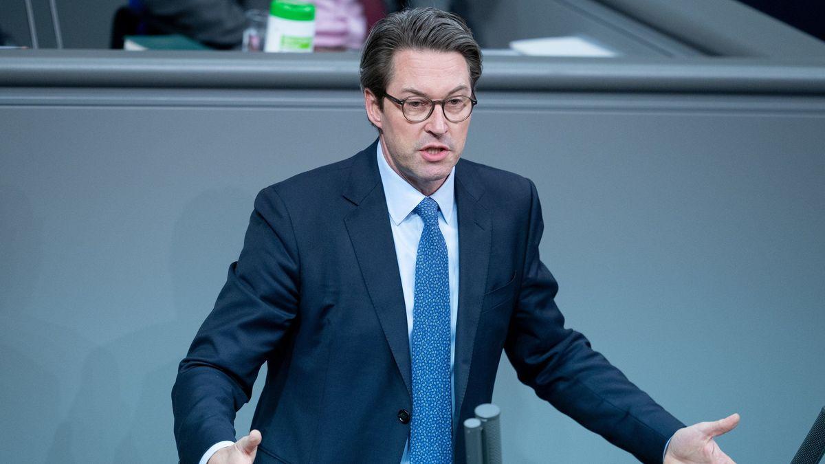 Bundesverkehrsminister Andreas Scheuer bei einer Rede im Bundestag