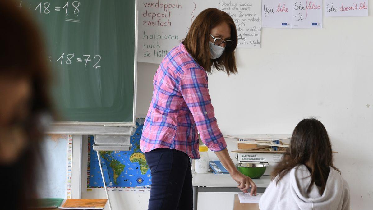 Lehrerin an einer Grundschule