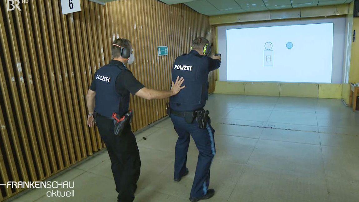 Polizei in Schwaig informiert über Schießanlage