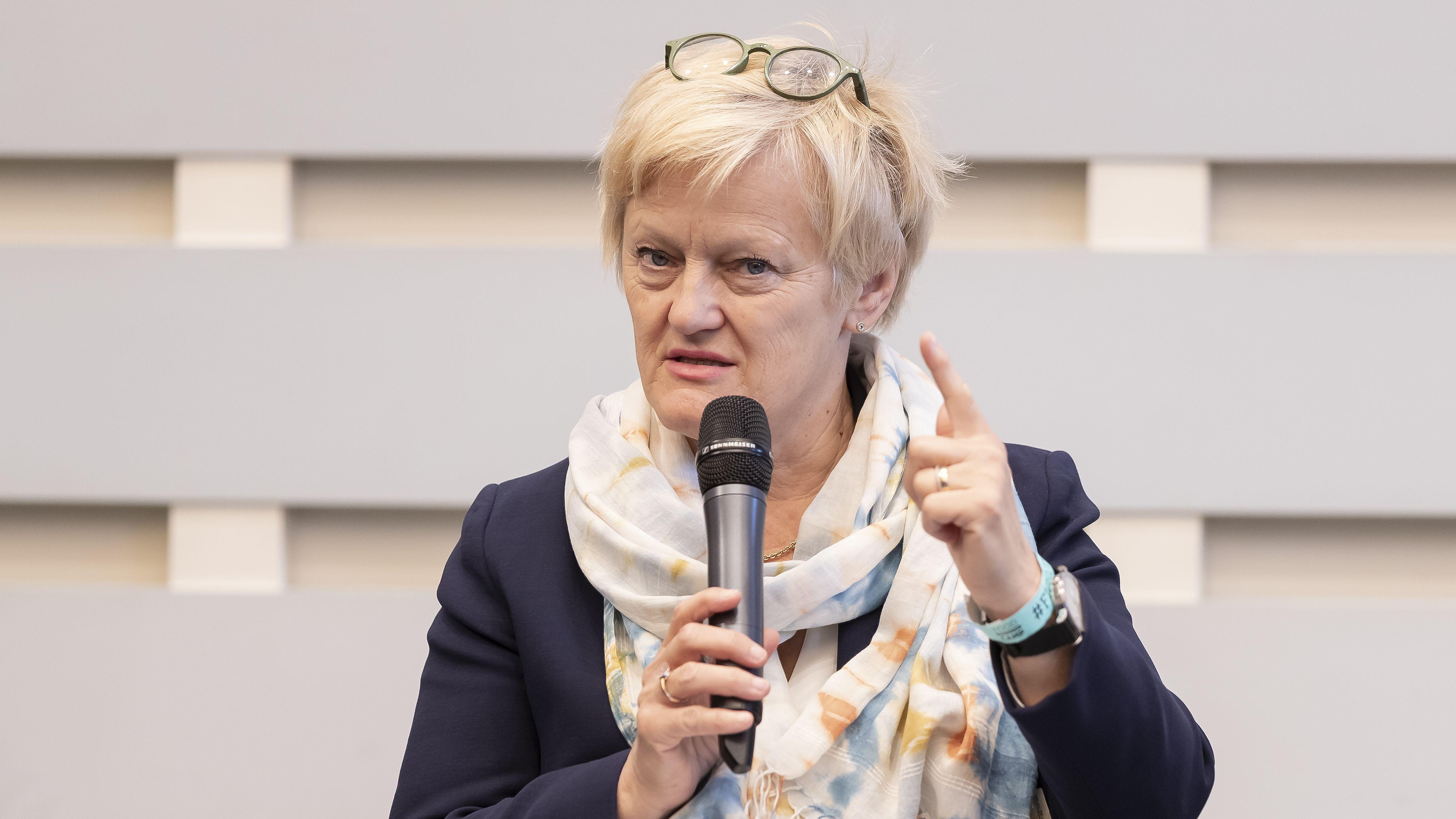 Renate Künast, Grünen-Politikerin