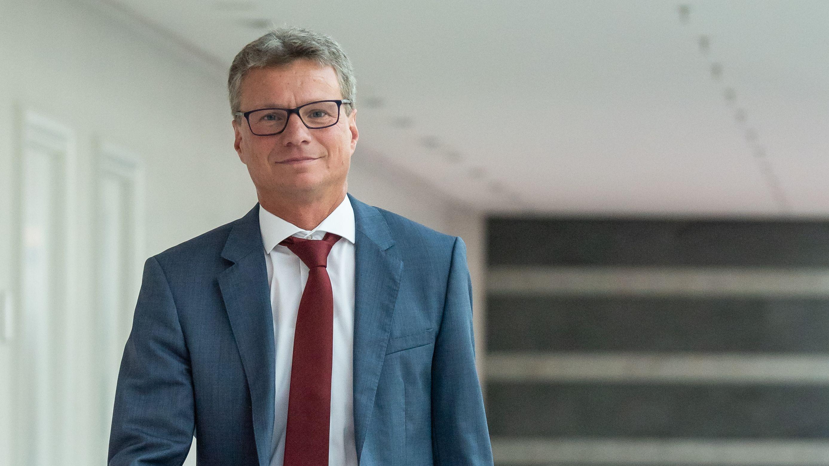 """Projektgruppe """"Medizincampus Passau"""" rund um Bernd Sibler hat jetzt die Arbeit aufgenommen."""