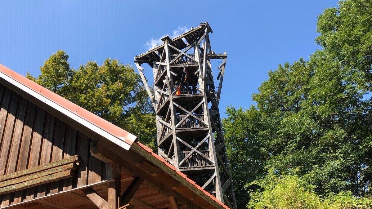 Der Zabelsteinturm im Steigerwald