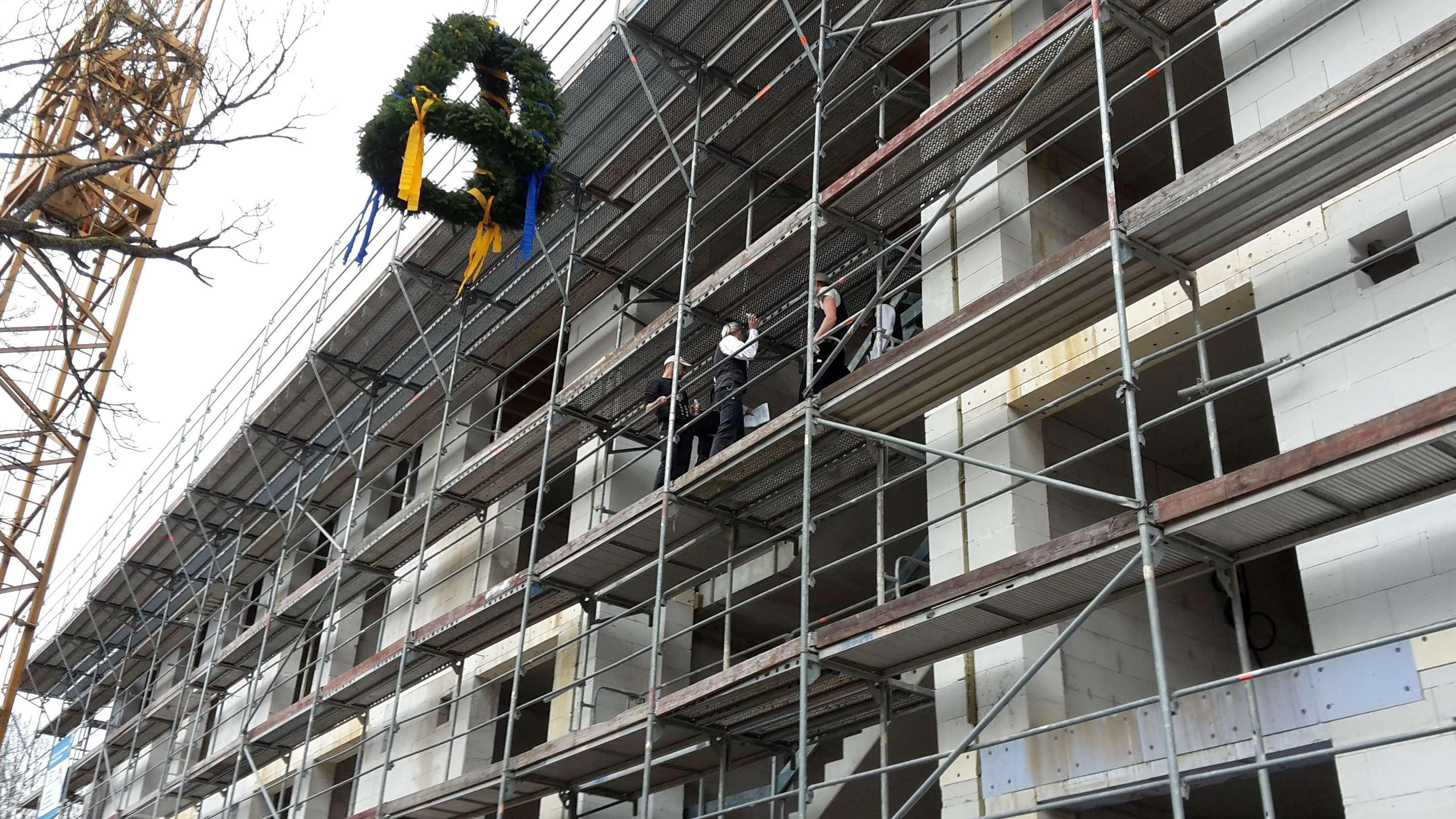 Richtfest für neues Personalwohnheim in Bayreuth