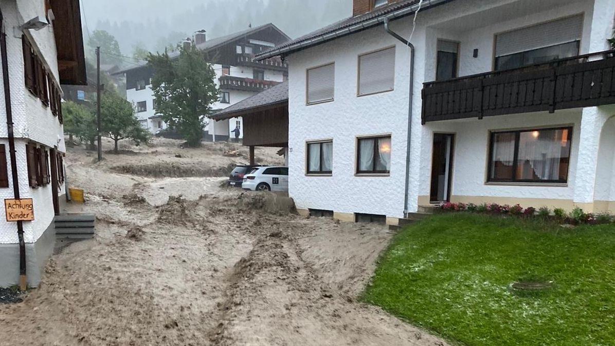 Schlammmassen in Wagneritz bei Rettenberg
