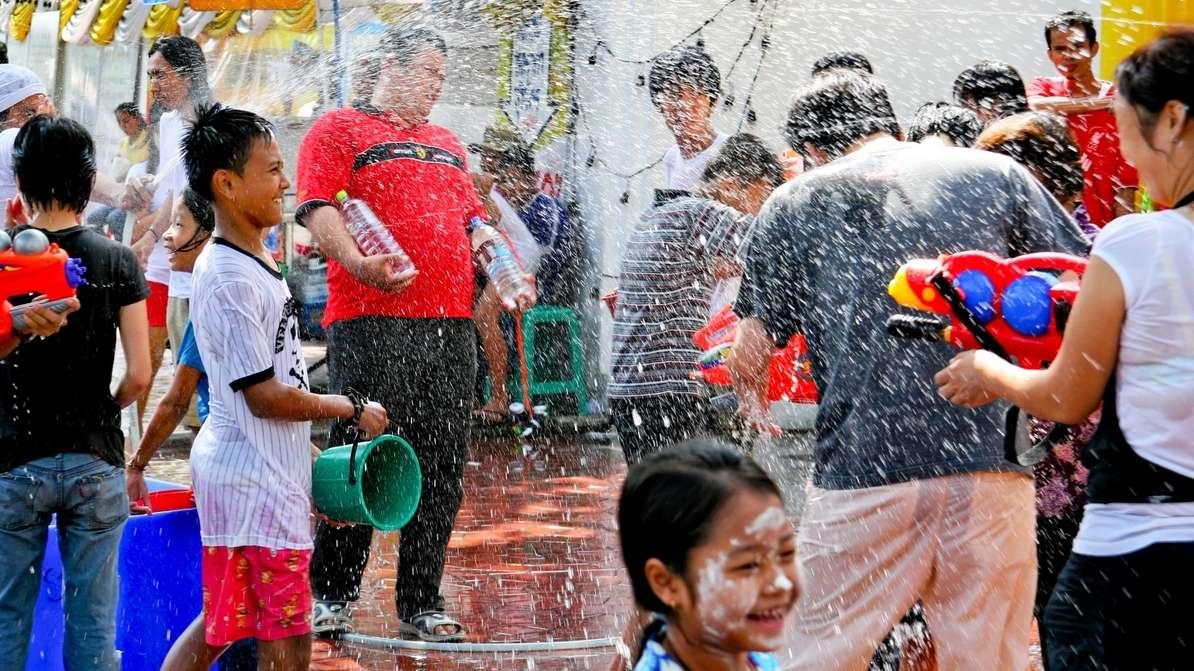 Thailändisches Neujahrsfest Songkran