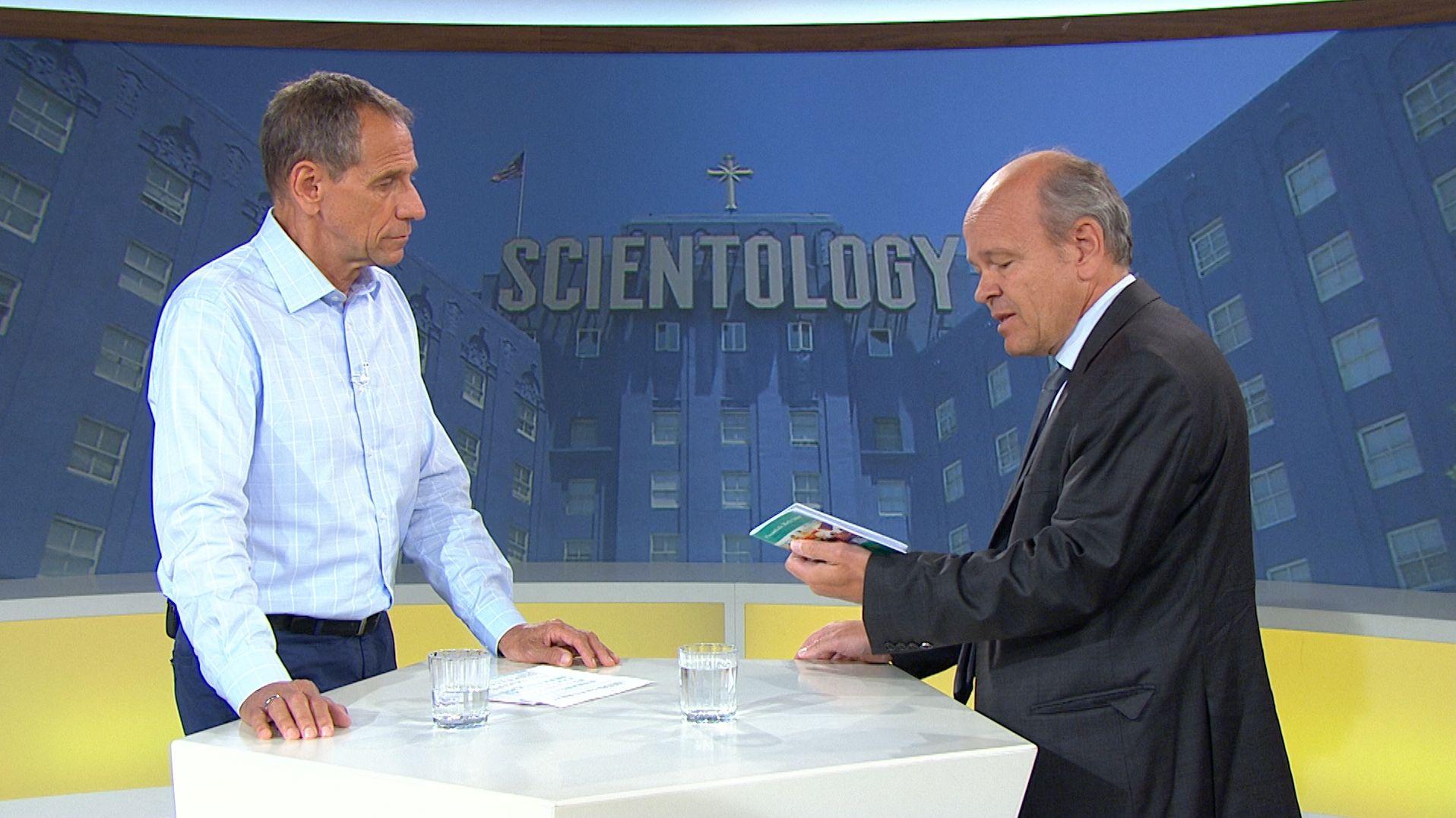 In Günzburg landen derzeit Infobroschüren in vielen Briefkästen. Dahinter soll eine Tarnorganisation von Scientology stecken.
