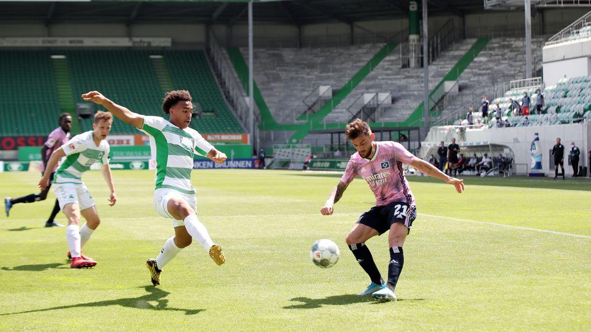 Spielszene SpVgg Greuther Fürth - Hamburger SV