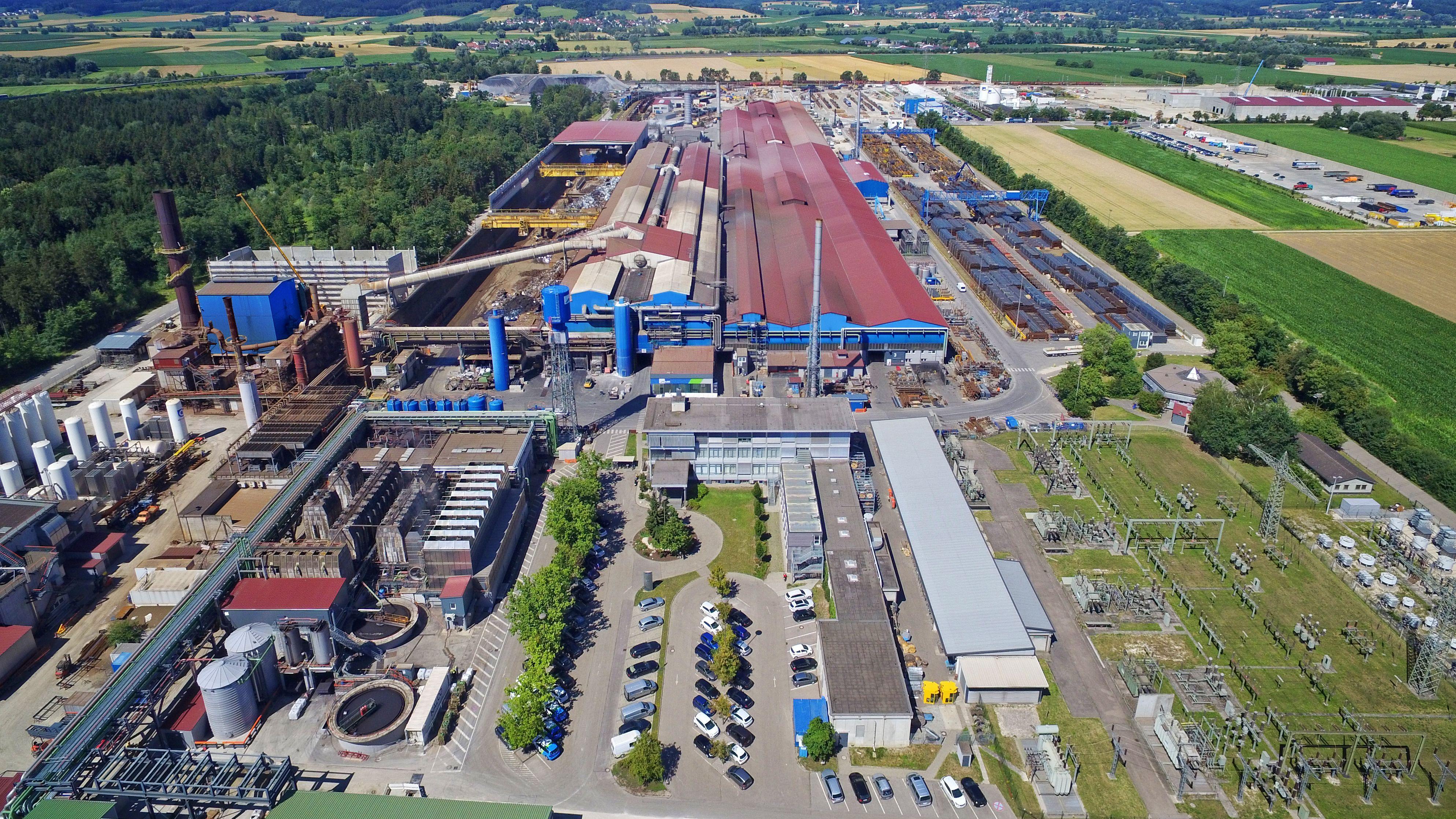 Luftaufnahme der Lech-Stahlwerke Herbertshofen