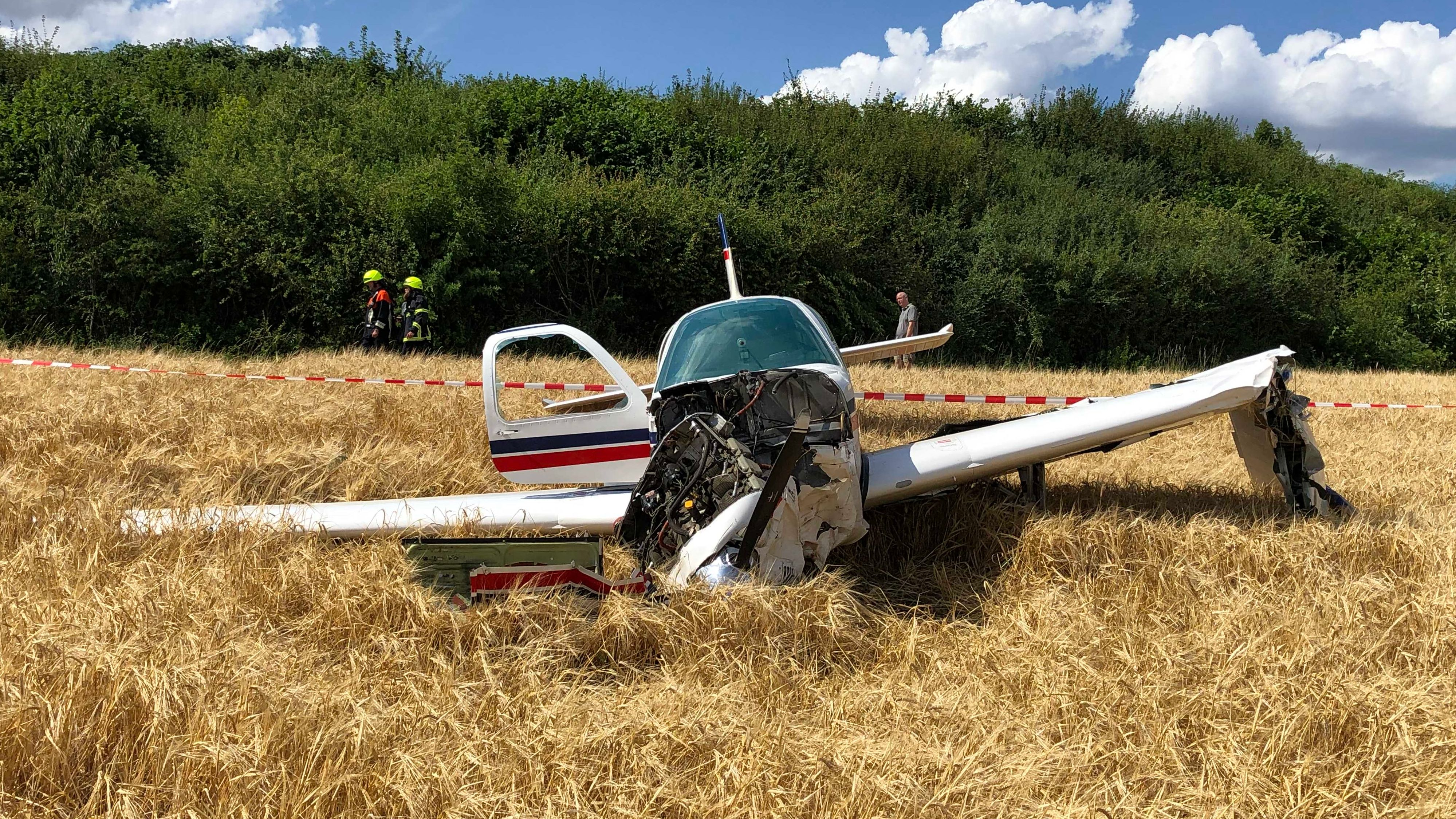 Kleinflugzeug stürzt bei Coburg ab