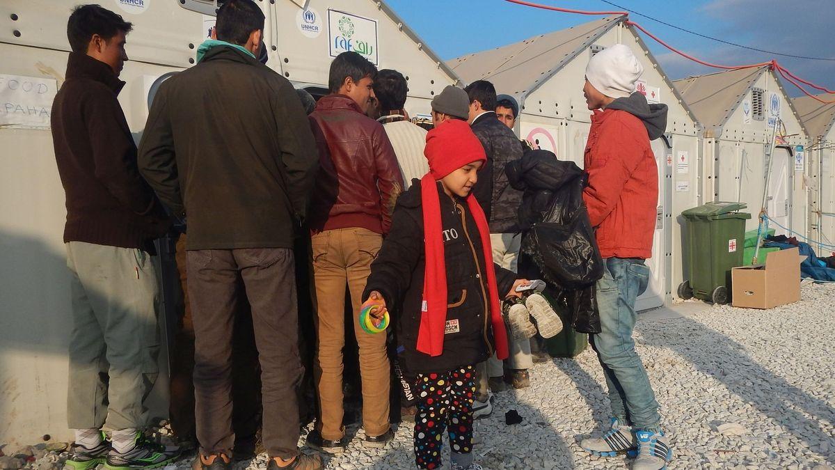 17. Dezember 2015, Nordmazedonien, Gevgelija, Transitlager Vinojug.