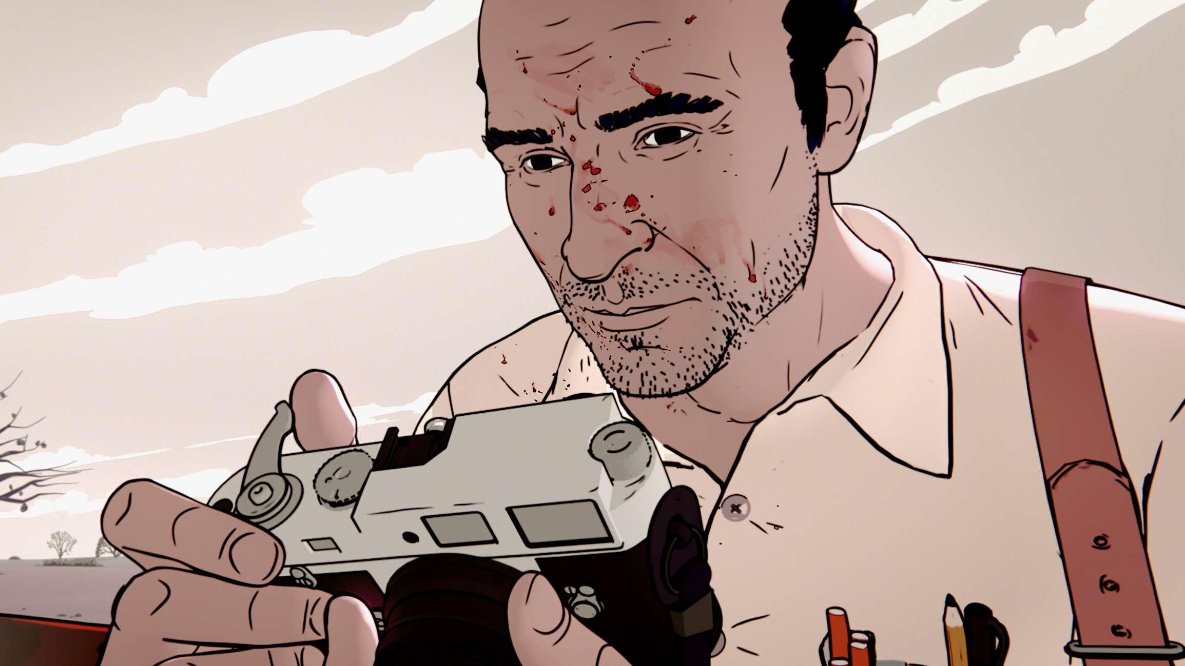 Szene aus dem Film: Kapuściński schaut in seine Kamera, er hat Blut im Gesicht.