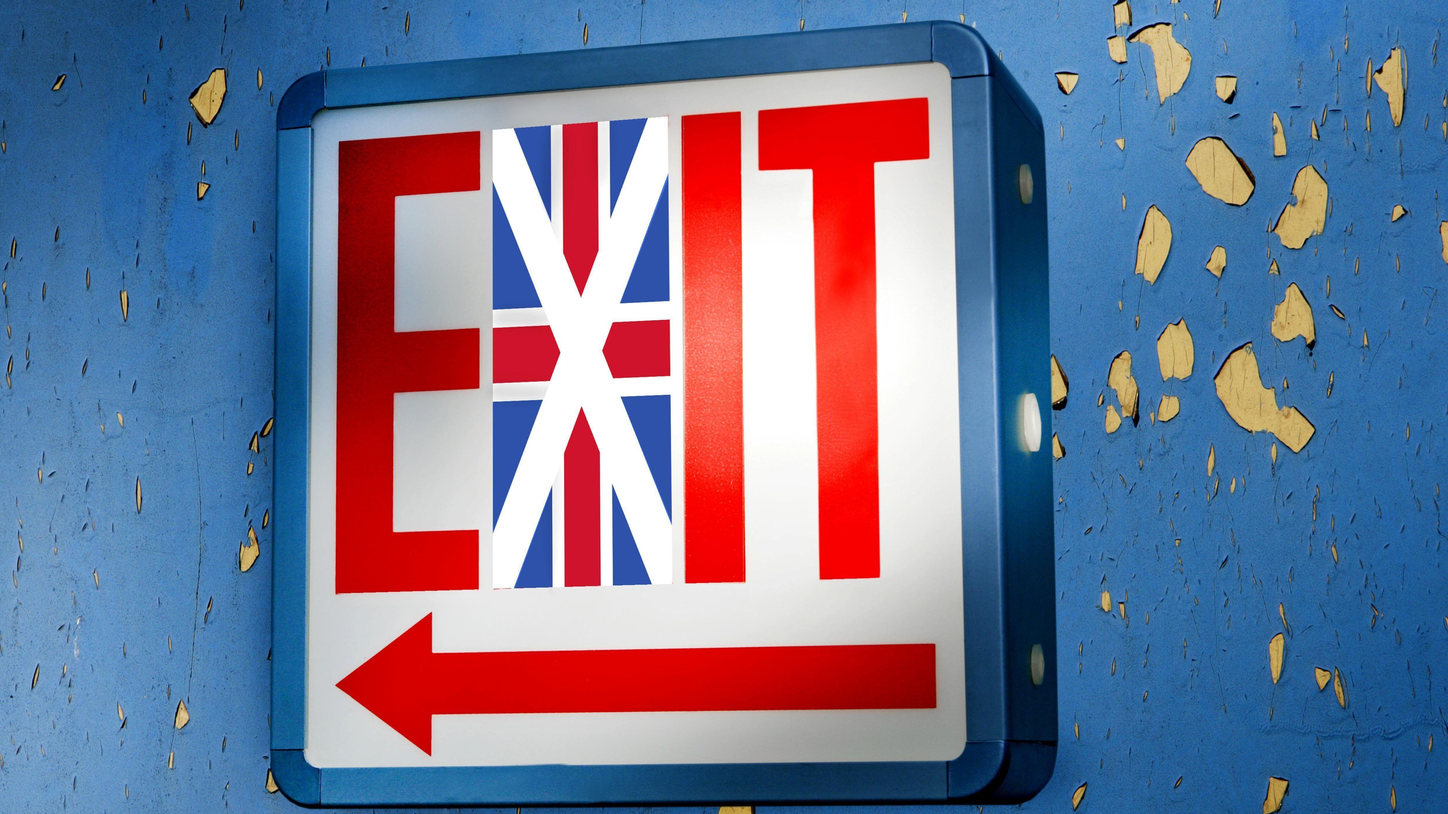 Ein Neonschild mit dem Wort EXIT und einem integrierten Union Jack