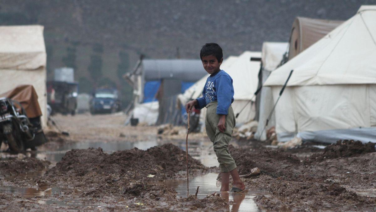 Ein syrisches Flüchtlingskind im Camp