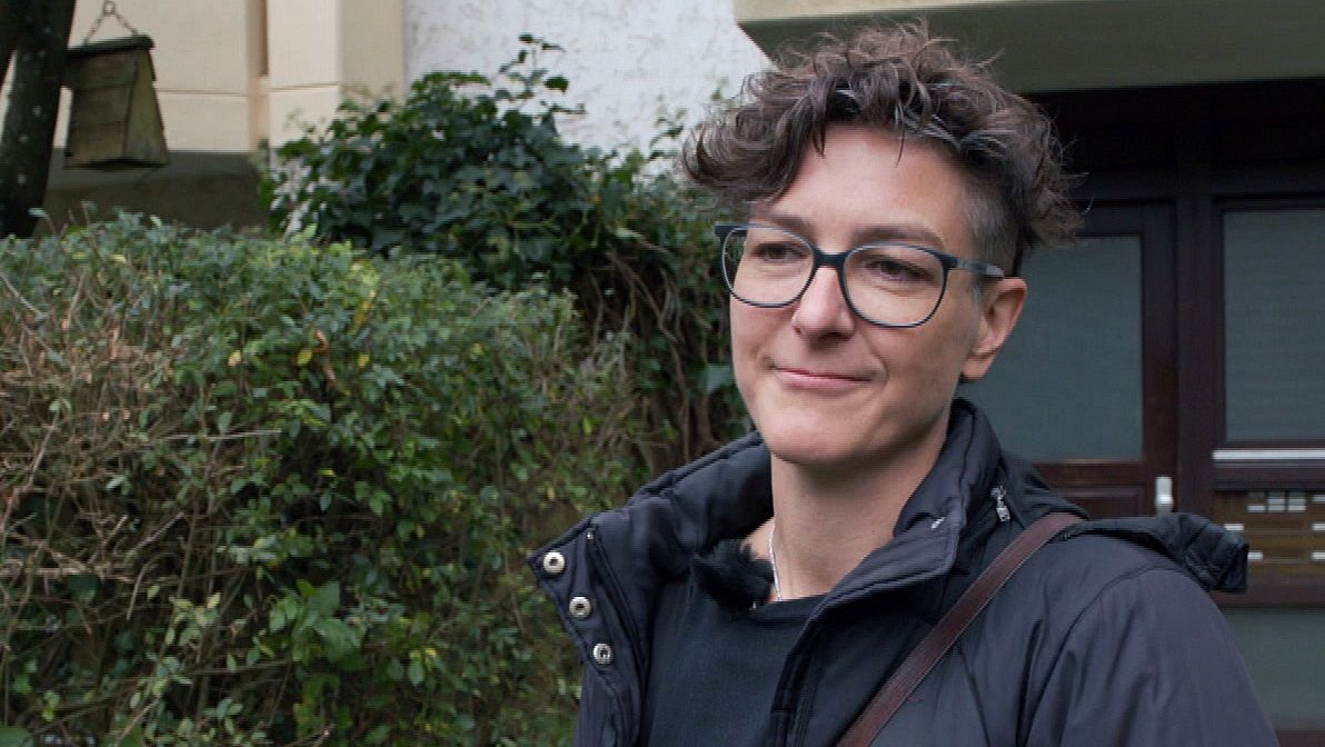 Ilona Emser ist eine von rund 7.000 ehrenamtlichen Hospizhelferinnen und -helfern in Bayern.