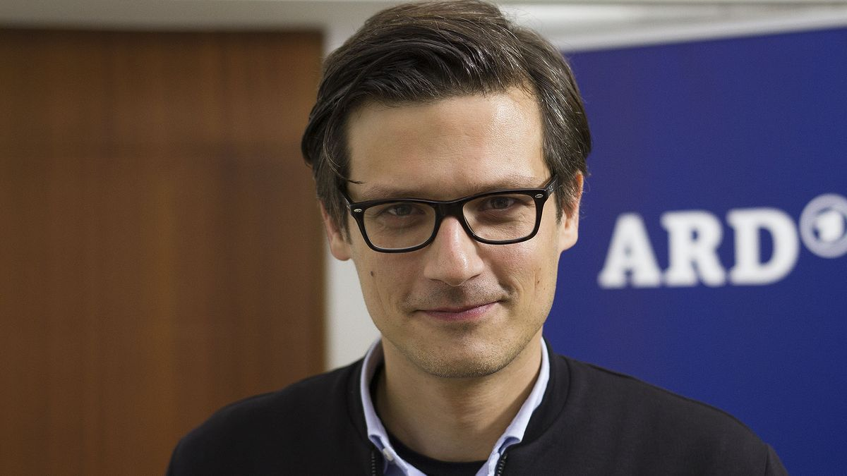 SRDJAN GOVEDARICA, Korrespondent Hörfunk