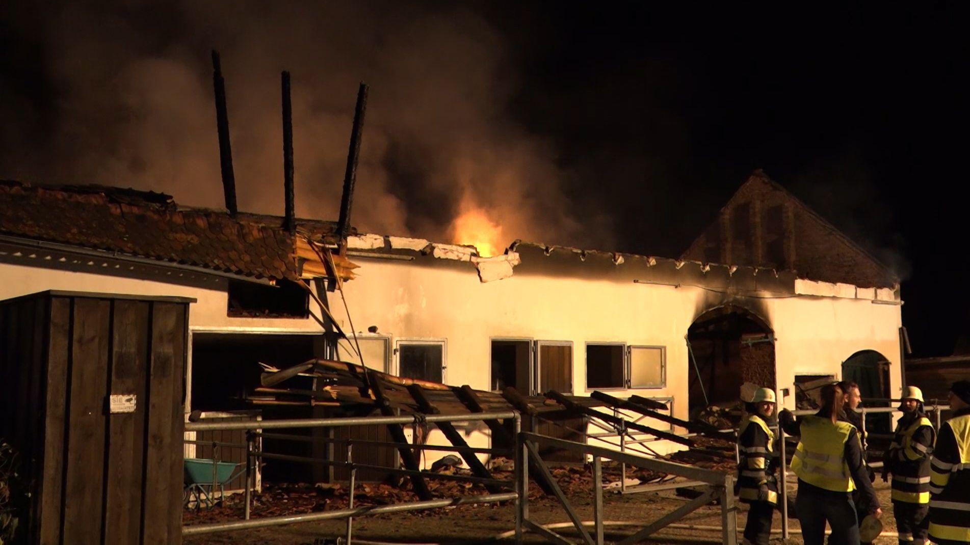 Brand in einem Pferdestall bei Altomünster