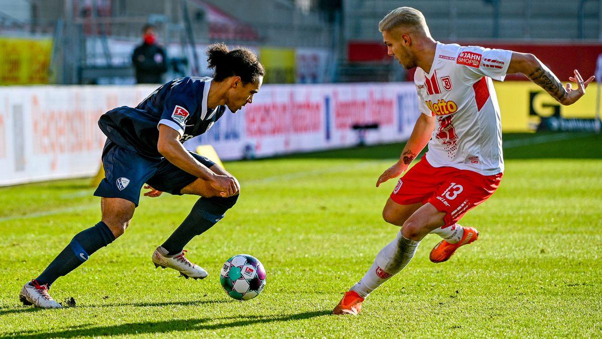 Spielszene Regensburg gegen Bochum