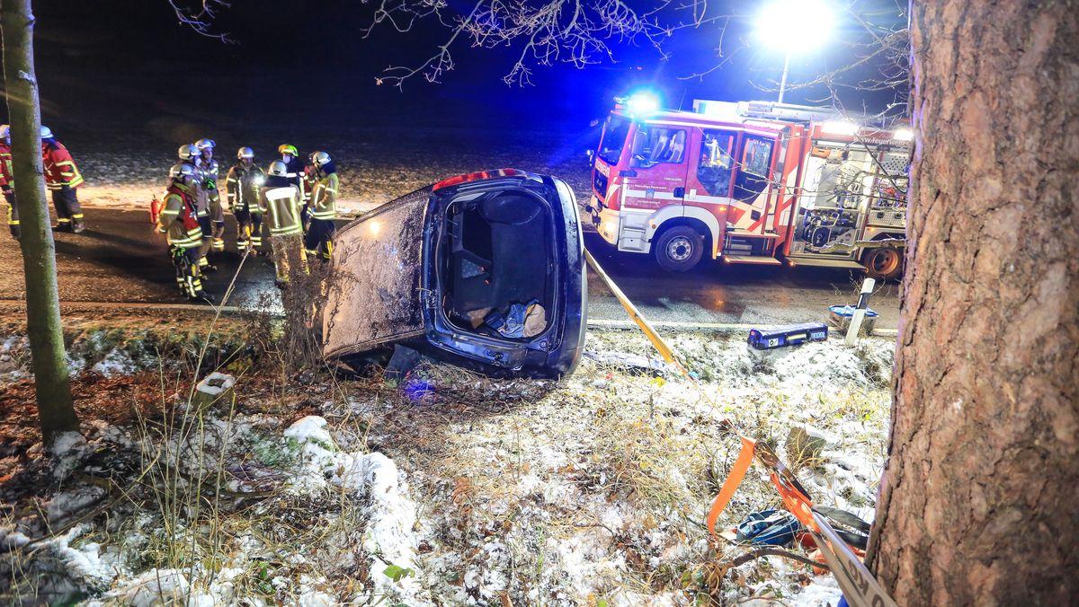 Bei einem Verkehrsunfall im Landkreis Forchheim ist eine Frau leicht verletzt worden.