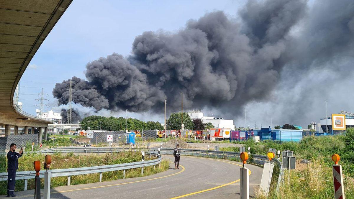 Leverkusen: In der Explosionswolke waren offenbar Dioxinverbindungen
