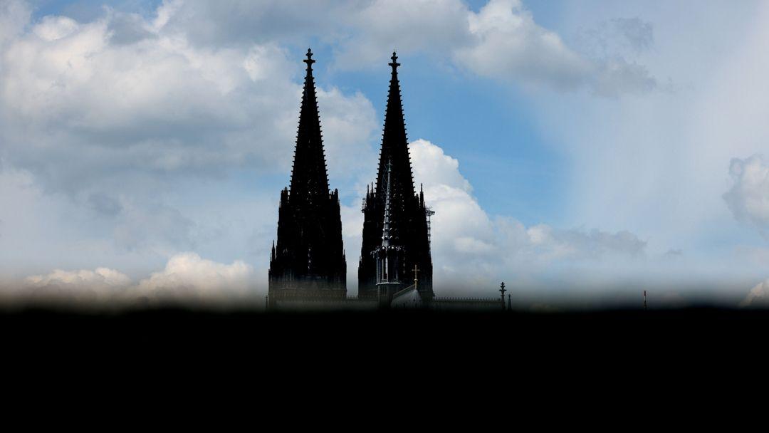 Die Türme des Kölner Dom.