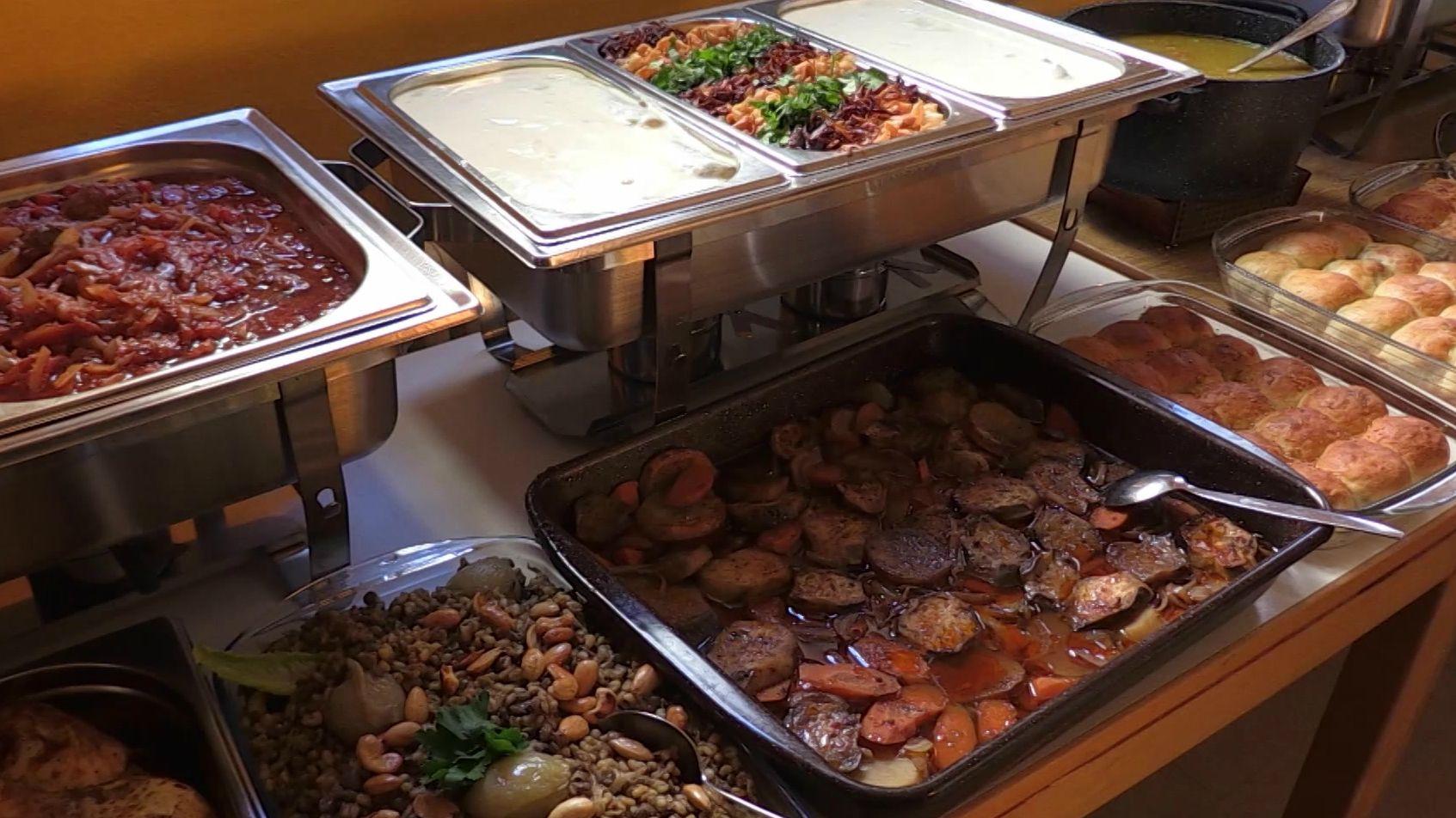 Arabisches Mittagsbuffet in Gunzenhausen.