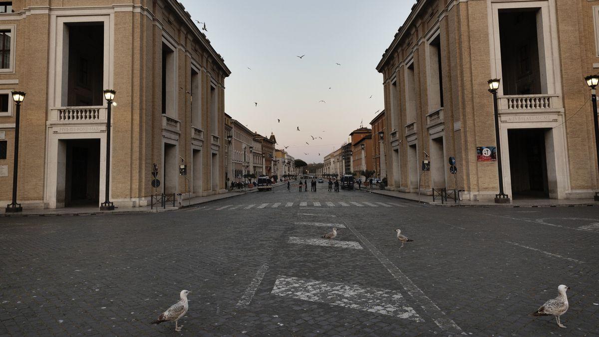 """Auch in der """"Heiligen Woche"""" um Ostern sind in Rom die Straßen beinahe menschenleer."""