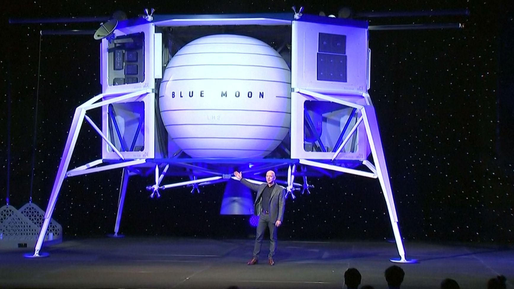 "Bezoz präsentiert ""Blue Moon"""