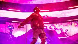 Kanye West auf der Bühne   Bild:picture alliance/AP Images   Amy Harris