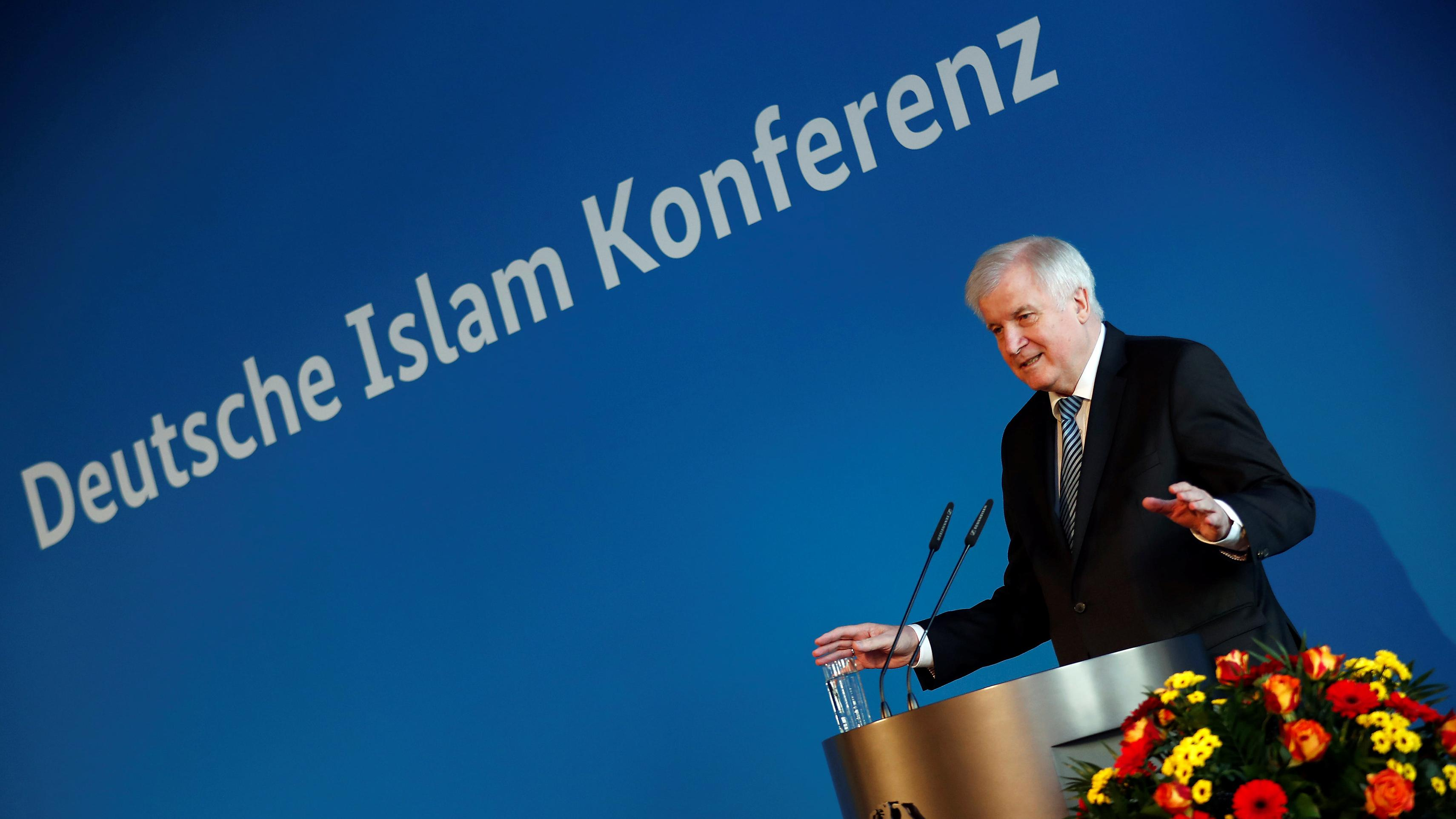 Bundesinnenminister Horst Seehofer (CSU) bei seiner Eröffnungsrede zur DIK