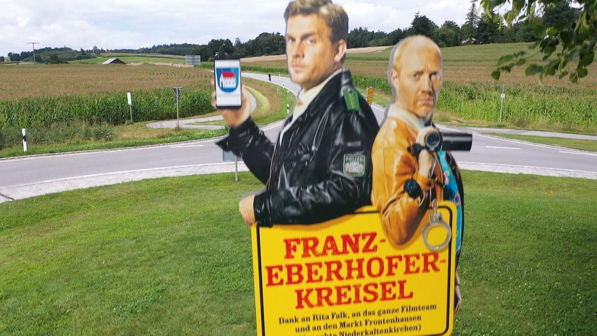 """Darauf haben die Fans fast zwei Jahre gewartet. Heute startet in den deutschen Kinos der neue Eberhofer-Film. Titel: """"Kaiserschmarrndrama"""". Unterdessen freut man sich Frontenhausen - dort wo die Filme gedreht werden - über immer mehr Filmtouristen."""