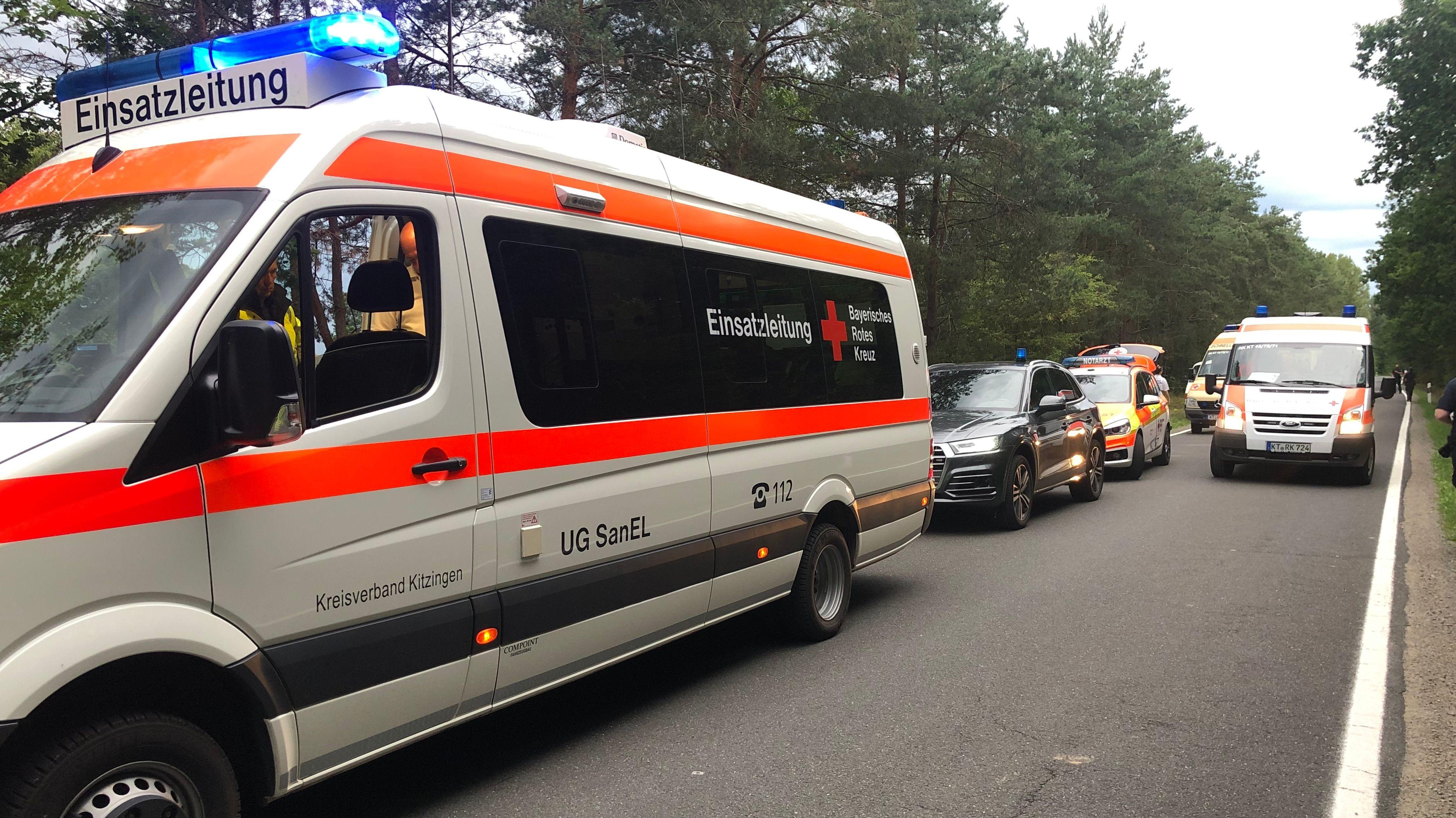 Rettungsfahrzeuge an der Unfallstelle