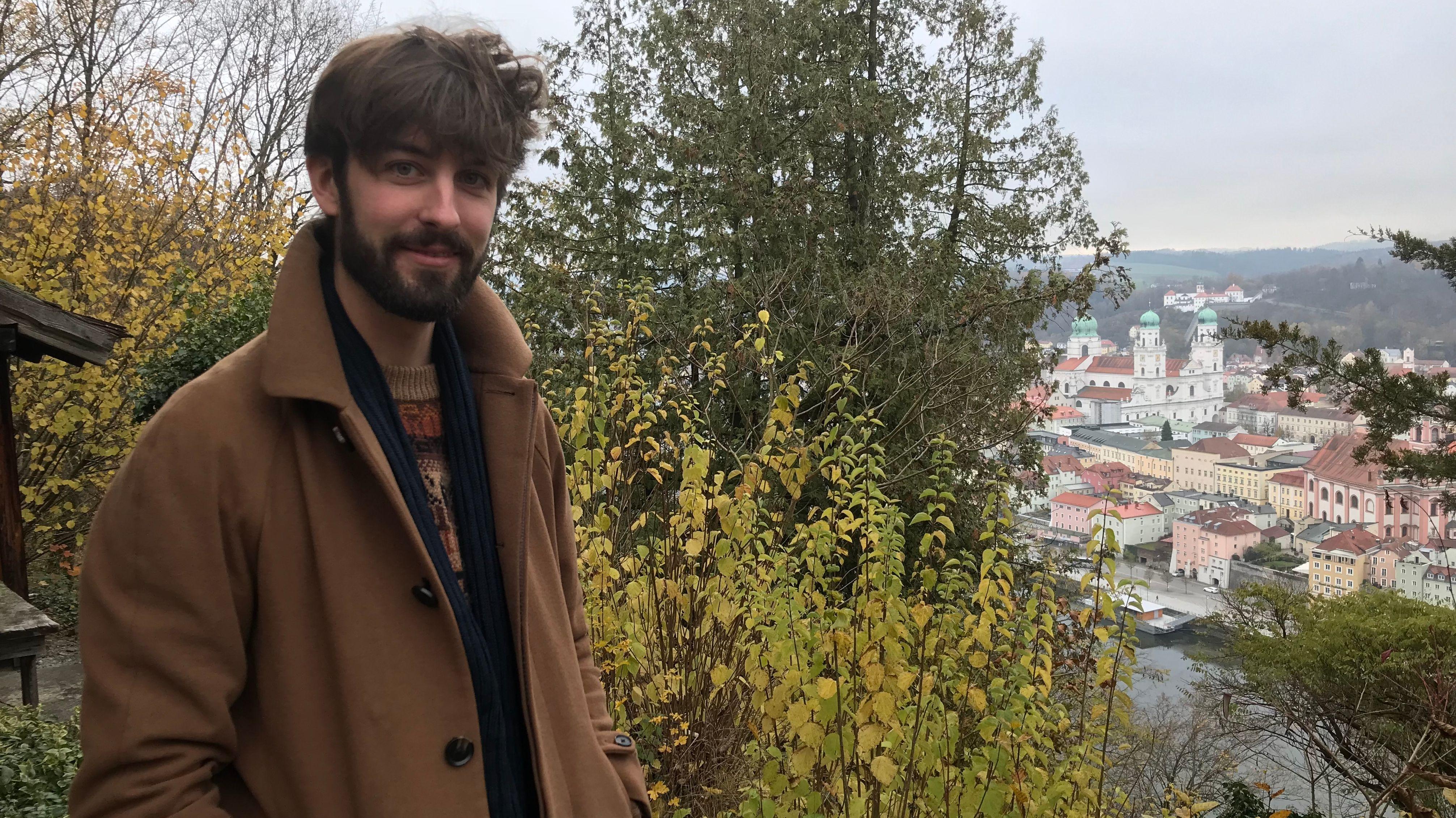 Geiger Florian Willeitner komponiert viel über den Dächern von Passau