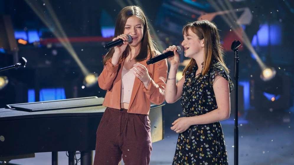 Mimi und Josy auf der Bühne | Bild:dpa-Bildfunk/Gerald Matzka