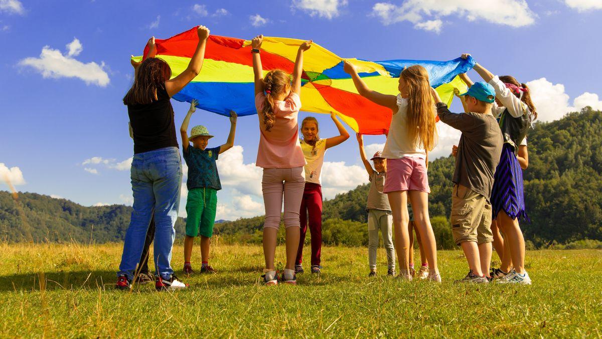 Die Stadt Höchstädt bietet im zweiten Corona-Sommer ein Ferienprogramm für Kinder und Jugendliche an - mit Abstand und Hygienekonzept.