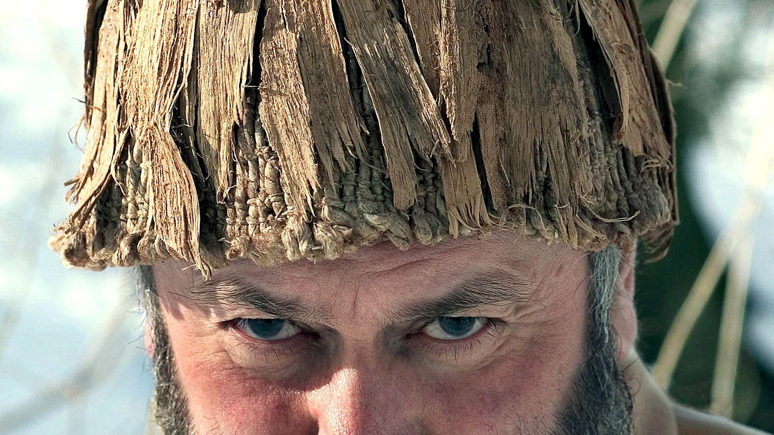 Die Nachbildung der ältesten Kopfbedeckung, die in Bayern gefunden wurde.  Das 5500 Jahre alte Original wurde bei Pestenacker gefunden.