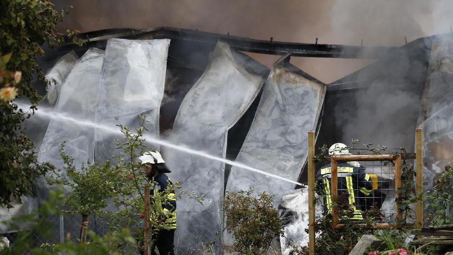 Die Lagerhalle wurde durch die Flammen komplett zerstört