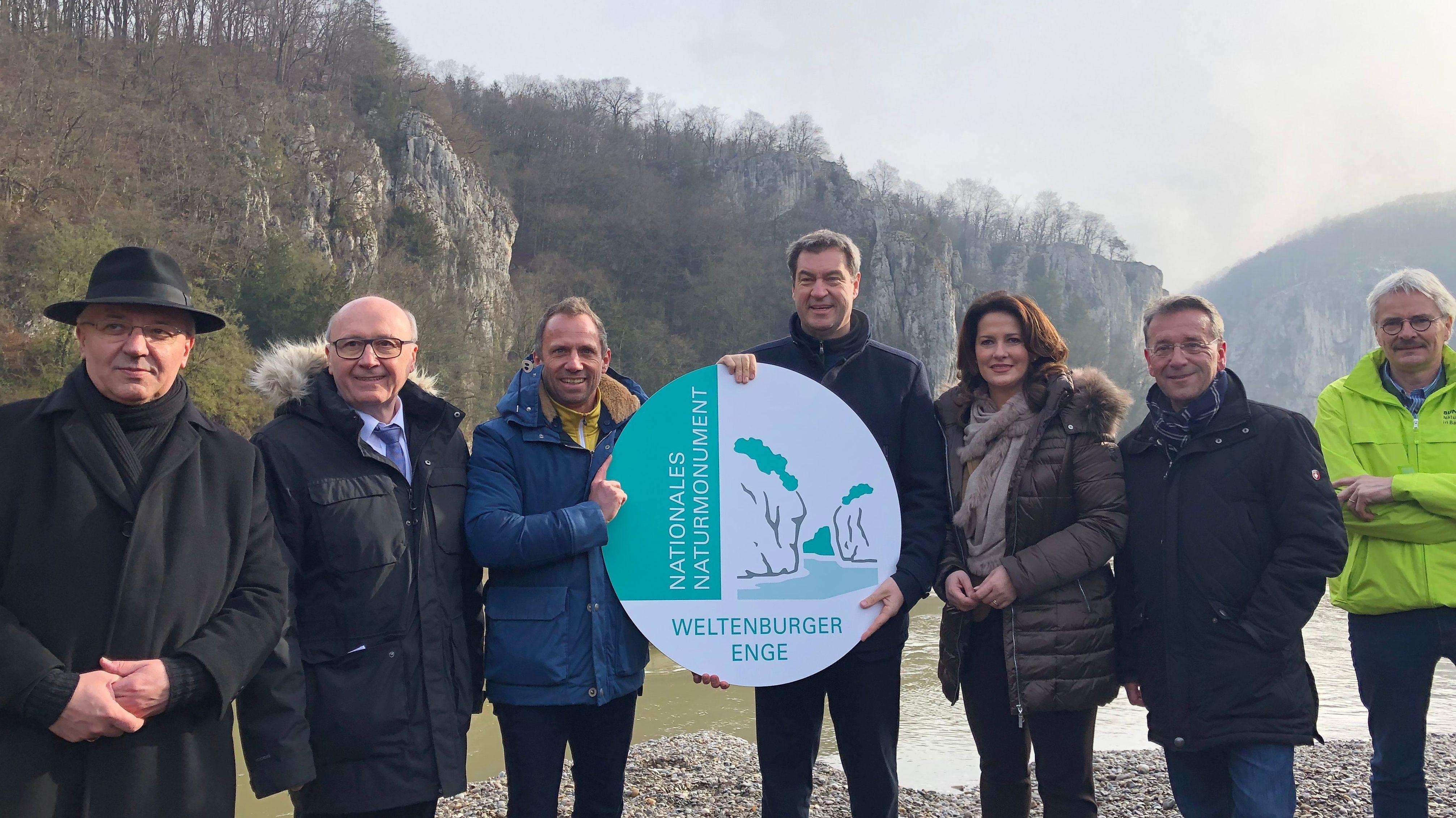 Die Verantwortlichen um Umweltminister Glauber, Ministerpräsident Söder und Landwirtschaftsministerin Kaniber am Donnerstag am Donaudurchbruch