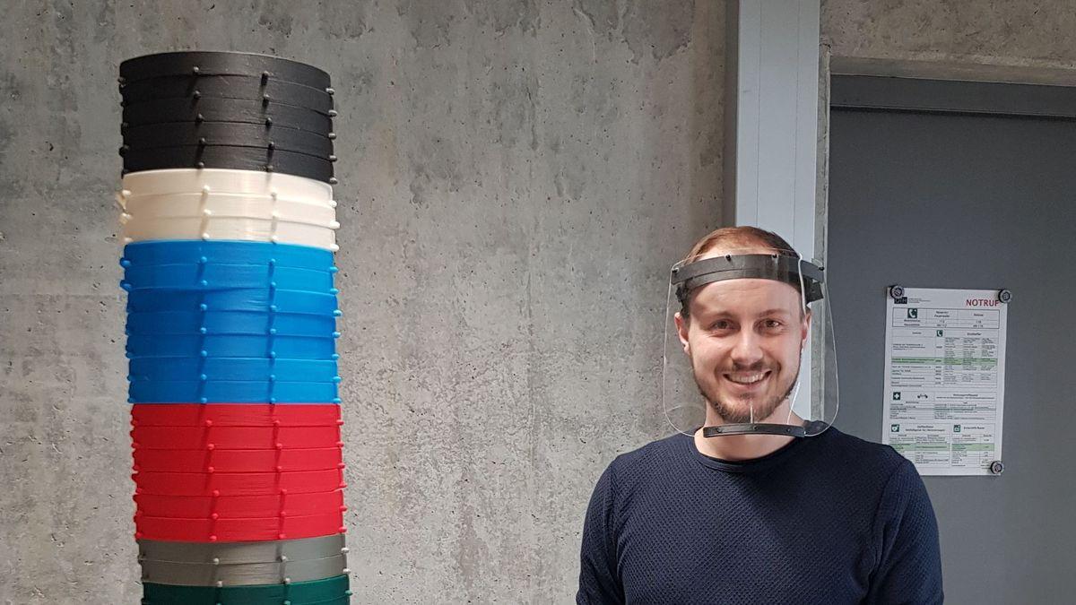 OTH Regensburg fertigt Gesichtsschutz aus dem 3D-Drucker