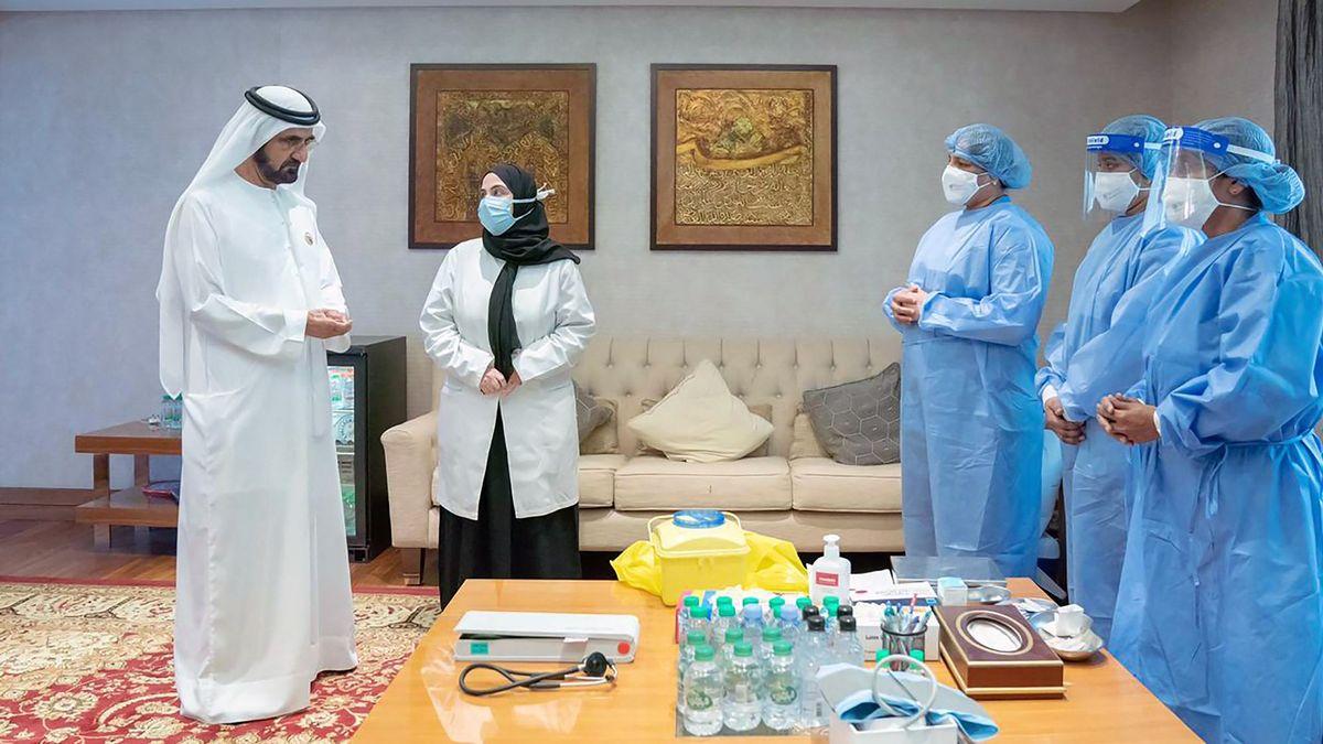 V.A.E. Premierminister und Herrscher von Dubai, Sheikh Mohammed bin Rashid Al Maktoum erhält Impfung gegen COVID-19