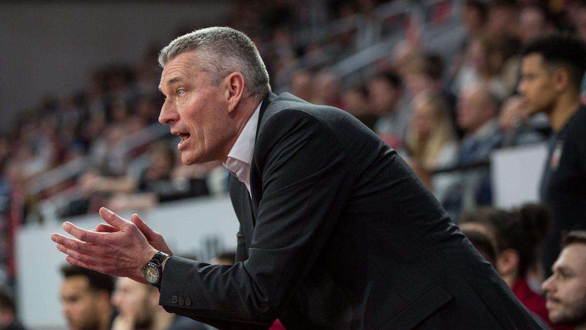 Muss gehen: Bambergs Sportdirektor Leo De Rycke