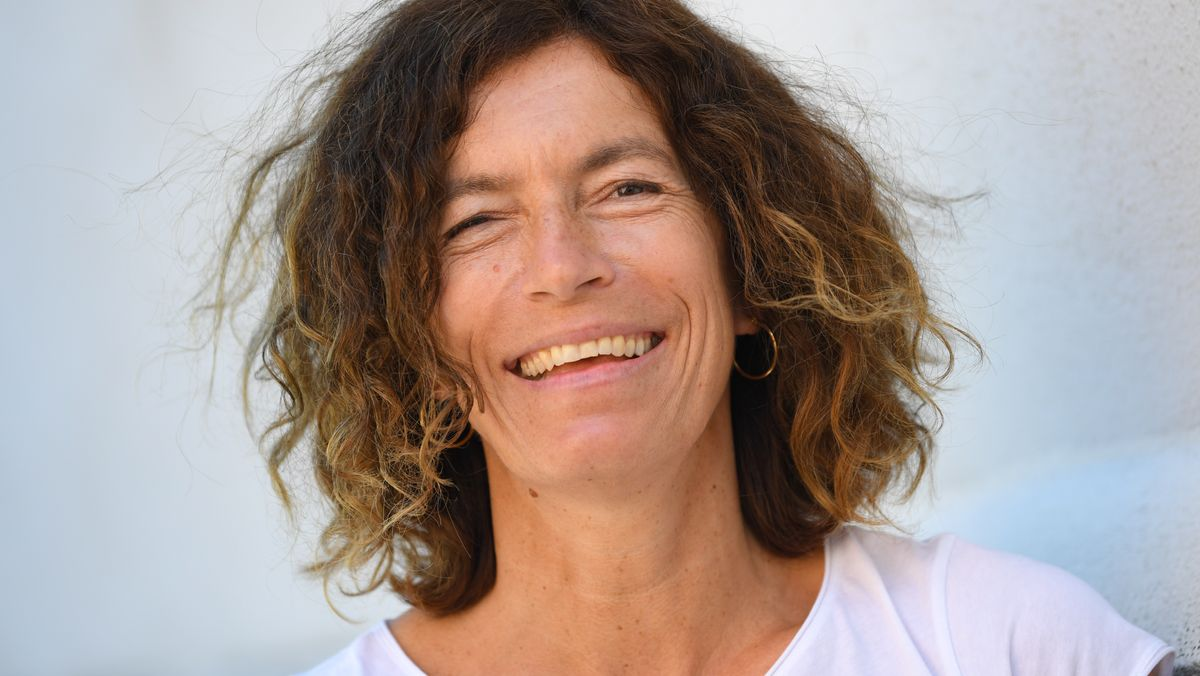 Porträt der Autorin Anne Weber