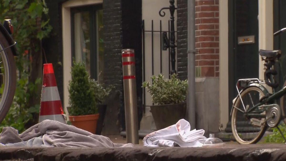 Der bekannte niederländische Journalist Peter de Vries ist bei einem Anschlag schwer verletzt wurden.