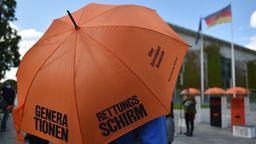 Symbolbild Rettungsschirm | Bild:picture alliance/Sven Braun/dpa