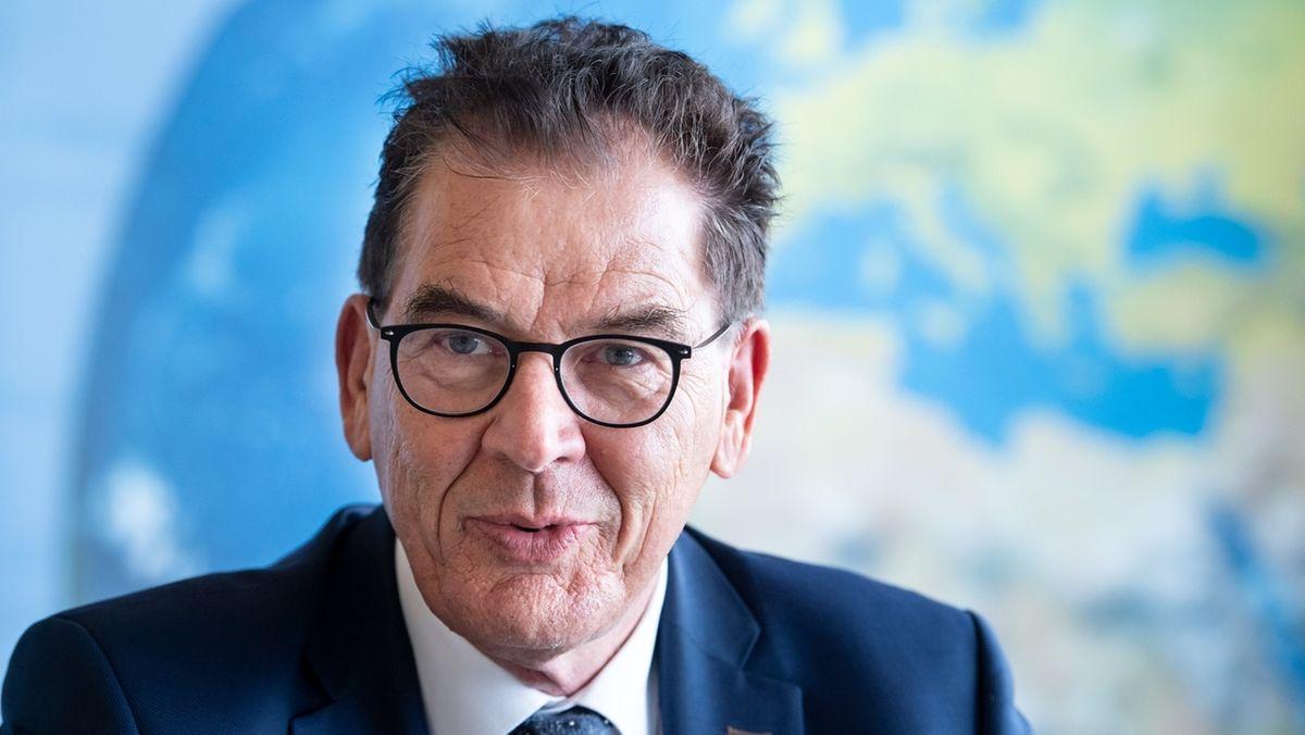 Entwicklungsminister Müller zieht sich aus Bundespolitik zurück (Archiv)