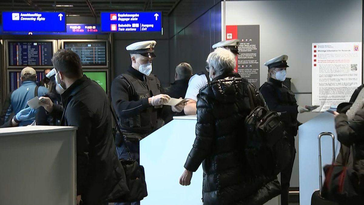 Einreisekontrollen am Flughafen