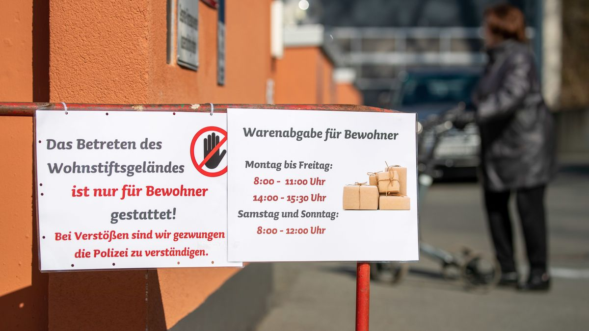 Aufnahmestopp in Alten- und Pflegeheimen in Bayern (Symbolbild)