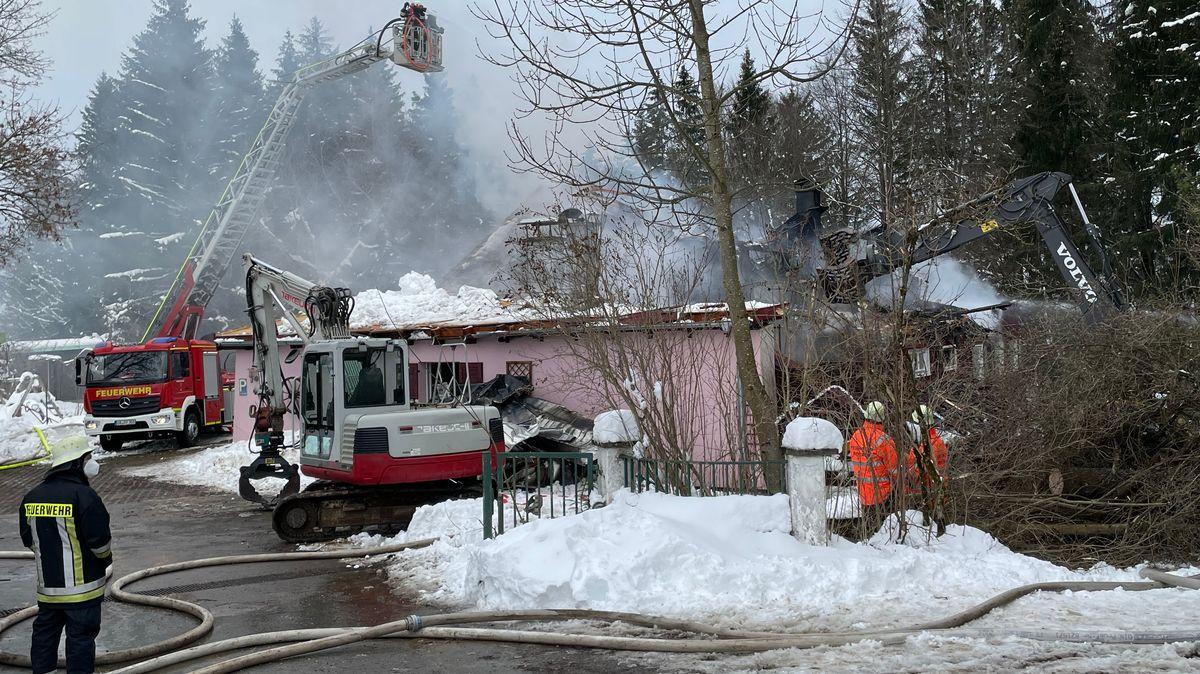 """Brand in der historischen """"Wertacher Mühle"""""""