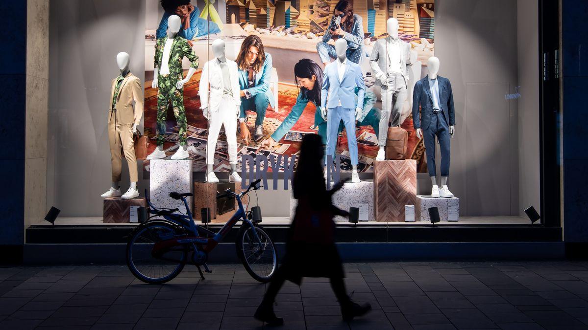 Schaufenster eines Ladens in der Münchner Innenstadt