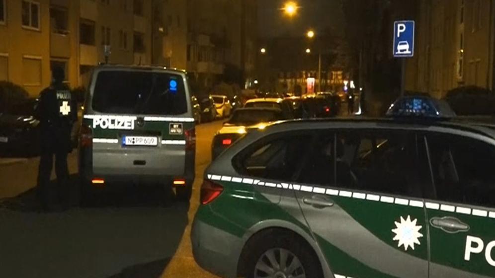 Polizeifahrzeuge in Sankt Johannis | Bild:BR