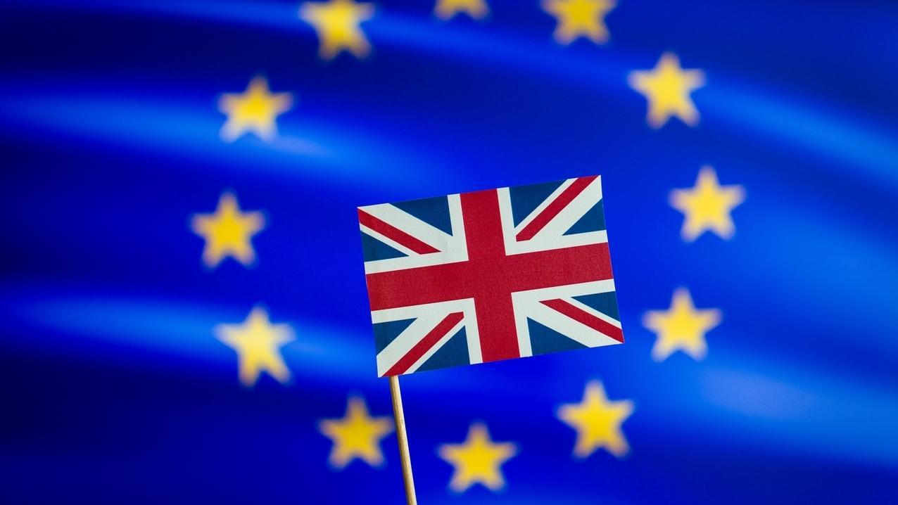 EU Logo mit britischer Flagge